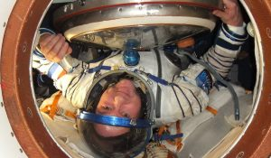 Andre_Kuipers_docks_at_the_ISS